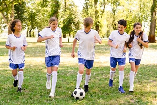 В Госдуме предложили стимулировать школьников за занятия спортом