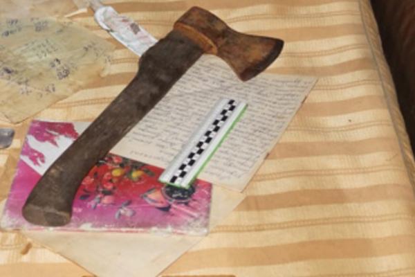 В Моршанском районе сын топором зарубил мать-пенсионерку