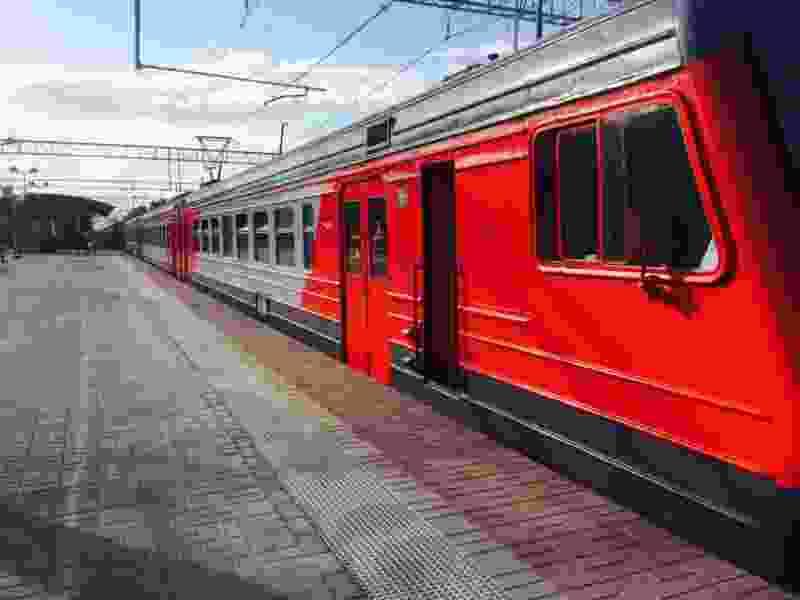 В связи с праздниками в регионе отменят некоторые пригородные поезда