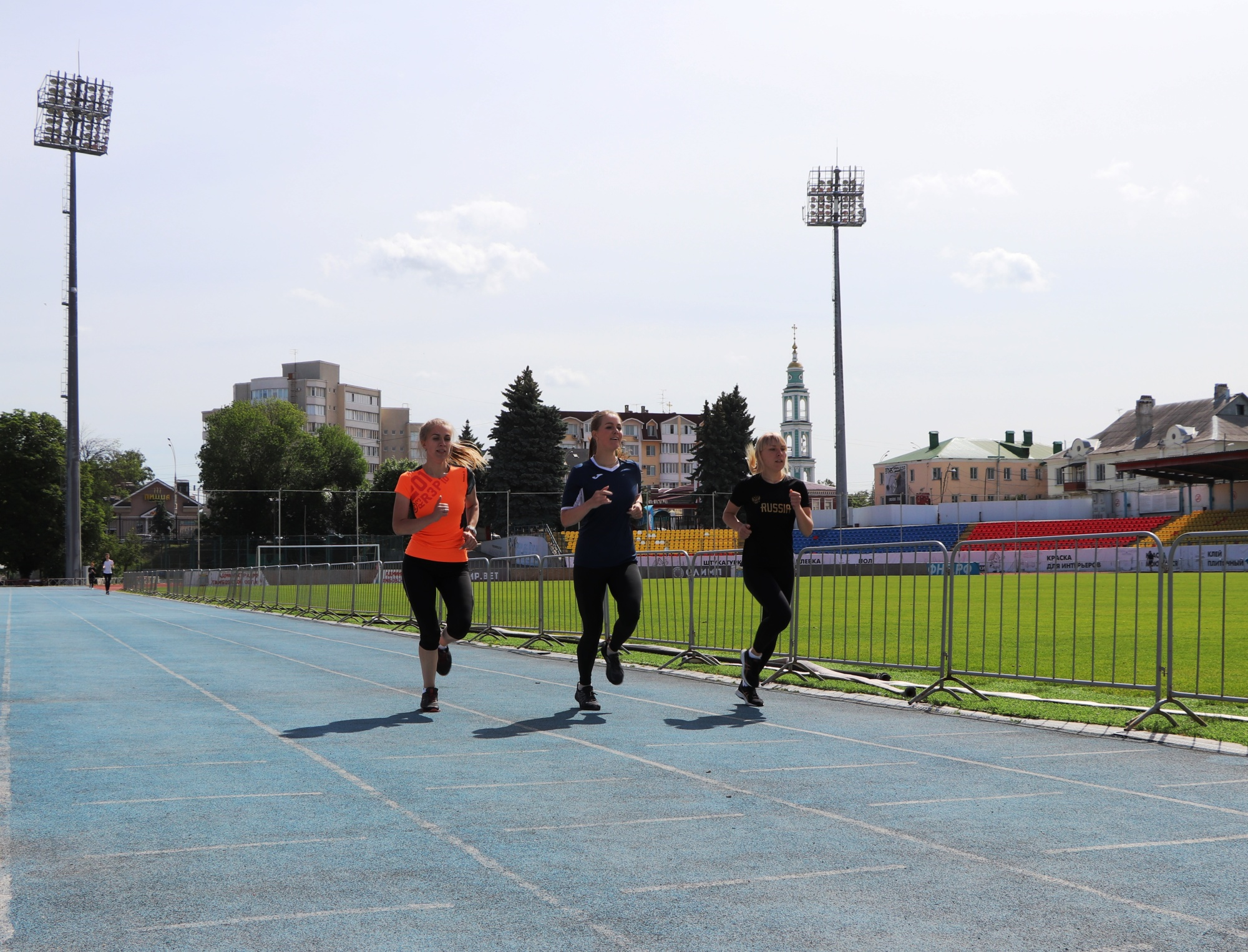 В Тамбове прошли соревнования по легкой атлетике среди сотрудников МЧС