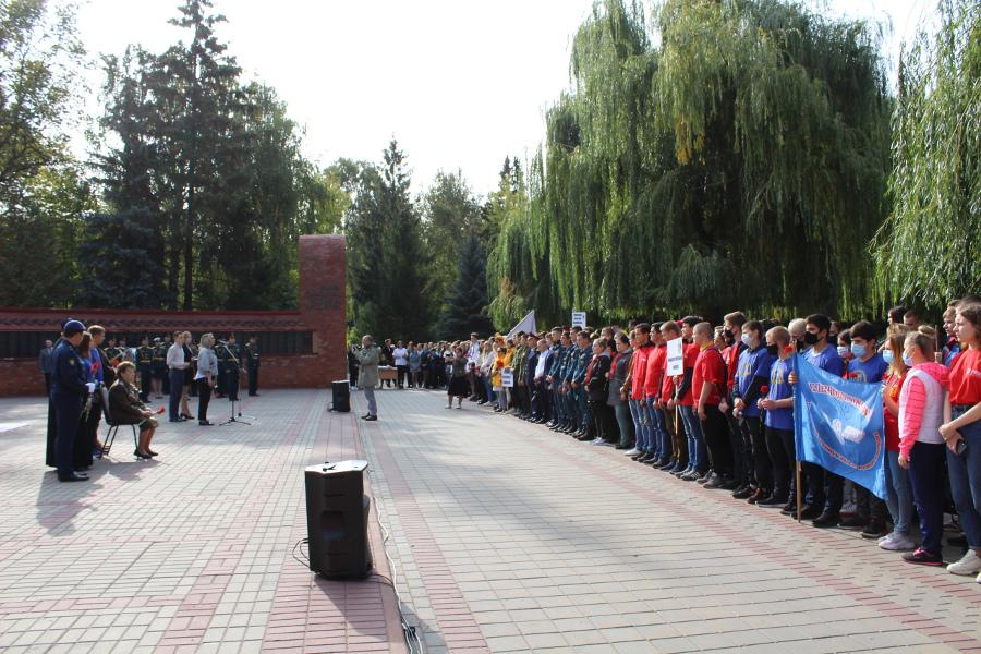 В Тамбове завершается акция по уборке воинских захоронений