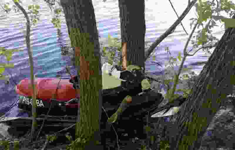 В Тамбовской области мужчина на гидроцикле врезался в дерево