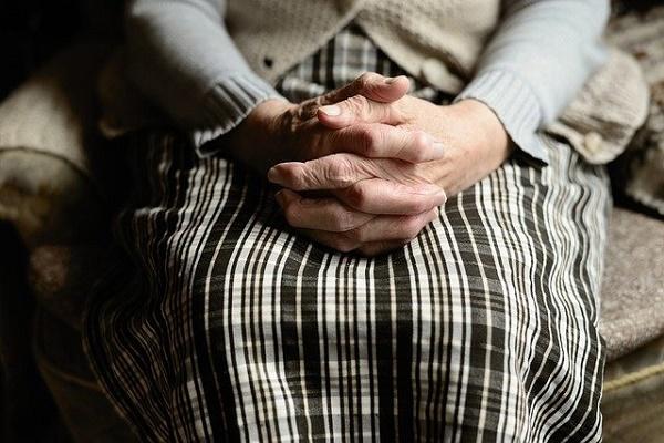 В Тамбовской области психически нездоровый мужчина изнасиловал пенсионерку