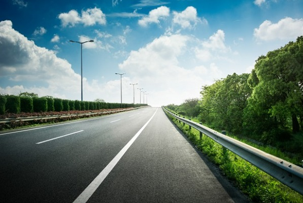 В Знаменском районе не были установлены ряд дорожных знаков