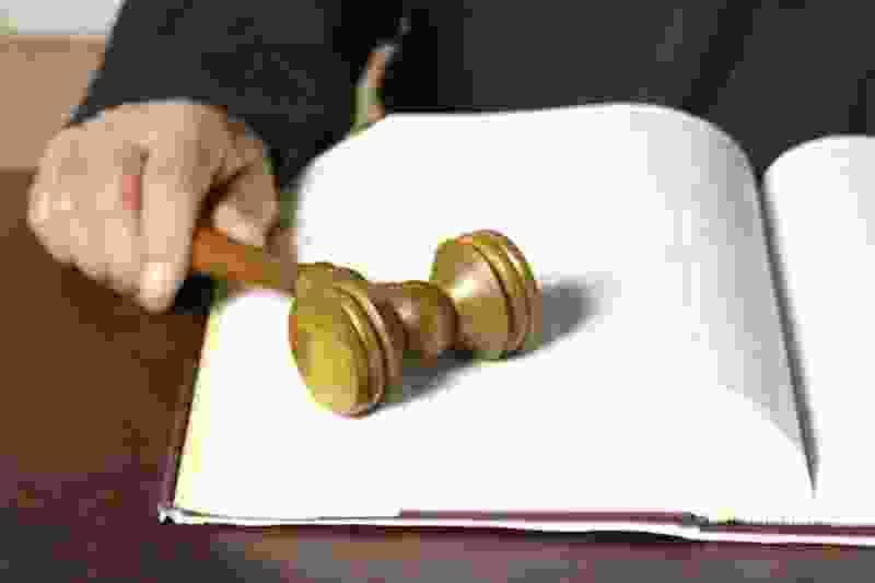 Врач, допустивший смерть ребёнка, отправится под суд