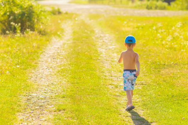 Женщину, не видевшую своего сына три года, лишают родительских прав