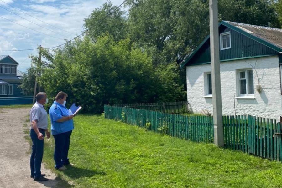 Жители поселка Мучкапский жалуются на отсутствие освещения на улицах