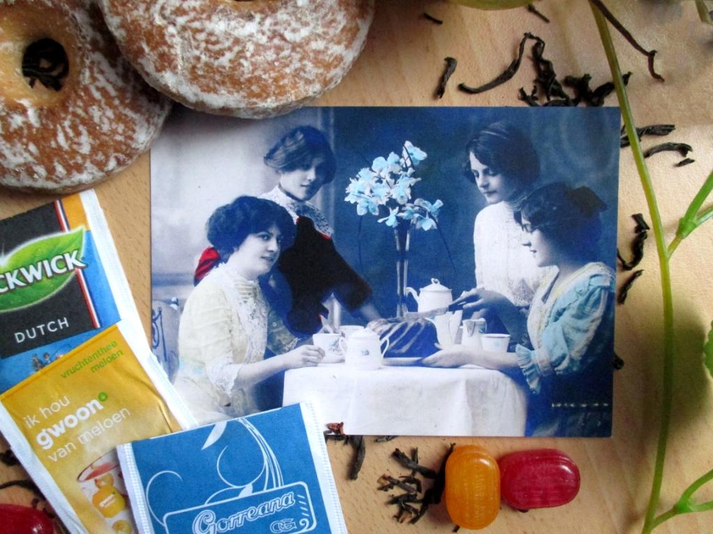 Активисты из Рассказова собрали коллекцию чайных пакетиков со всего мира