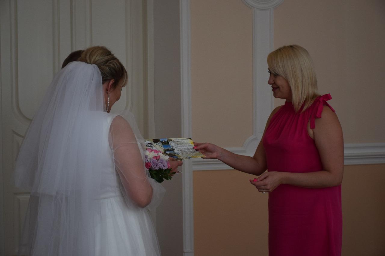 Более 30 пар поженились в Тамбове в День семьи, любви и верности