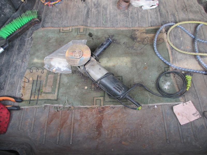 Двое тамбовчан похитили полтонны железнодорожных рельс