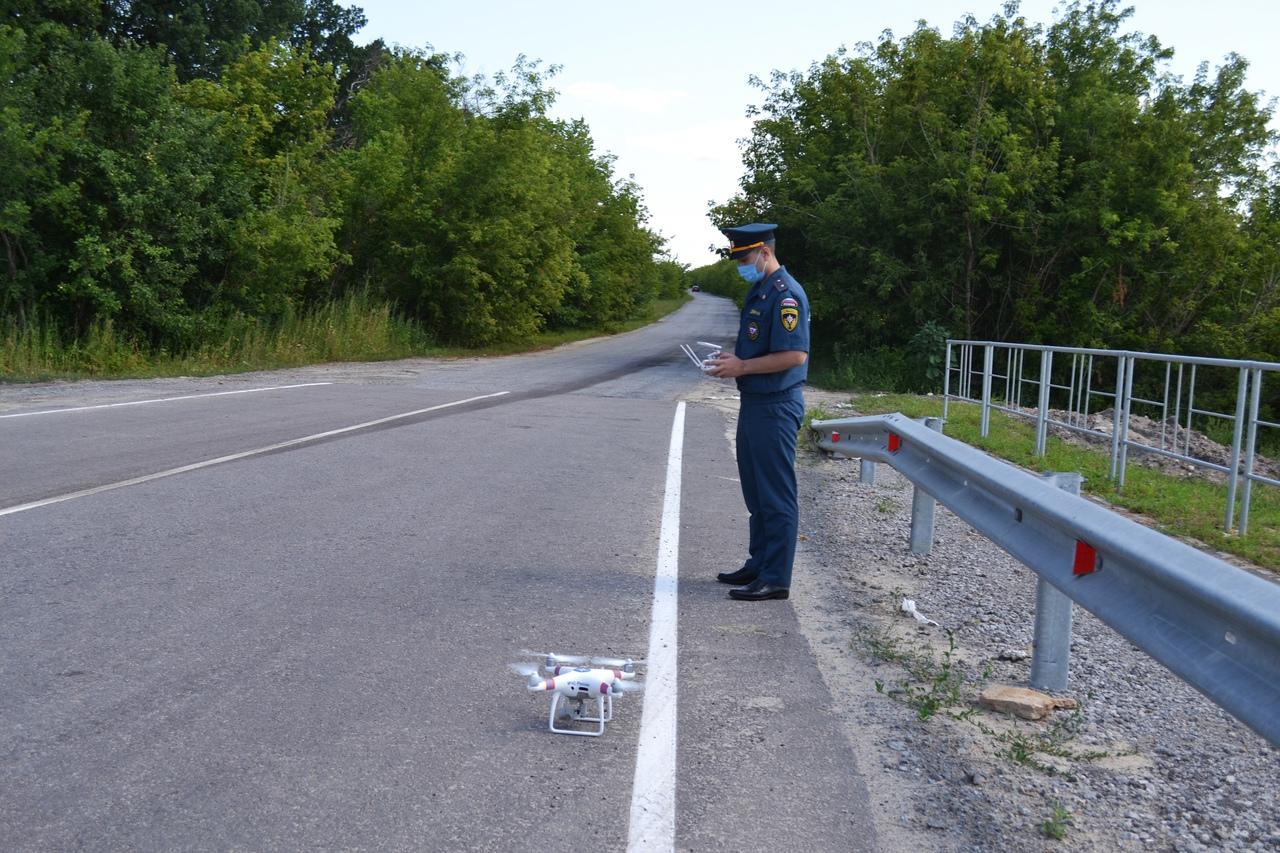ГИБДД продолжает следить за нарушителями с помощью квадрокоптера