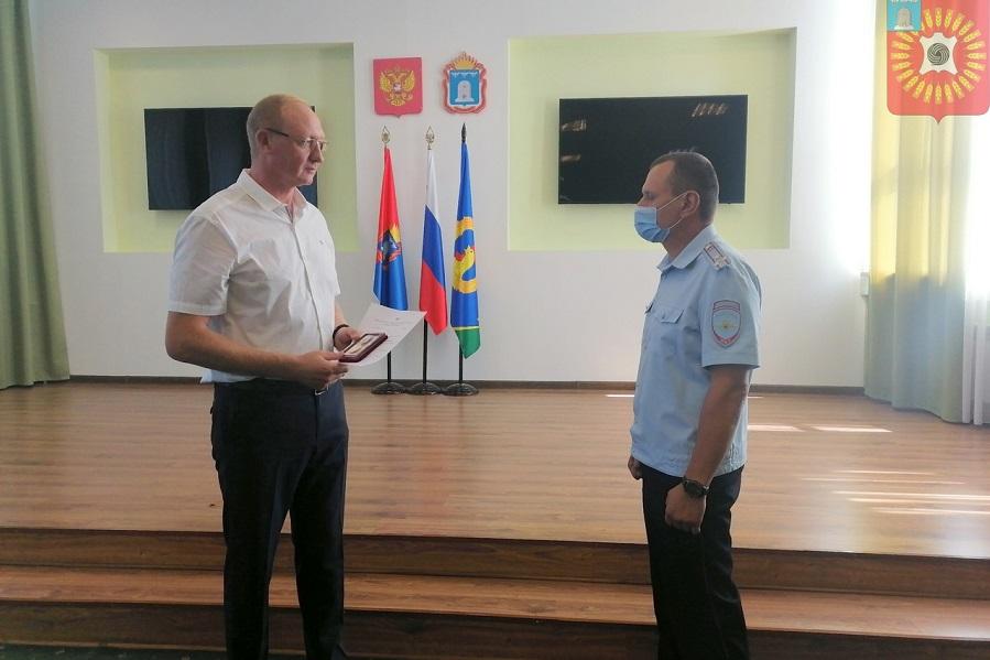 Глава города Рассказово награждён медалью Министерства внутренних дел РФ
