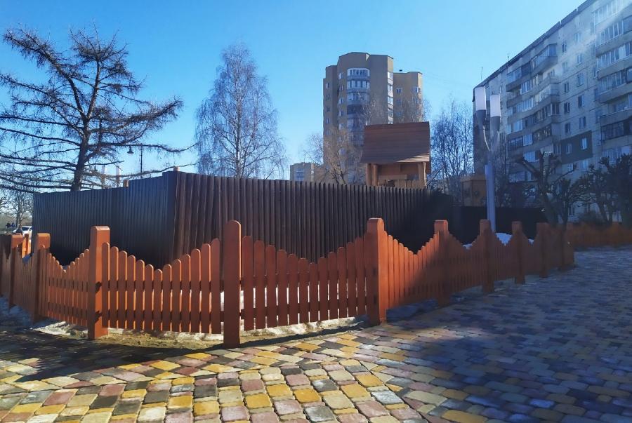 К проблемному вопросу с детским городком на Набережной депутаты вернутся в ноябре