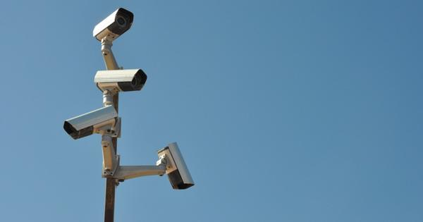Камера наблюдения надороге «Казань-Оренбург» определяет непристегнутых водителей