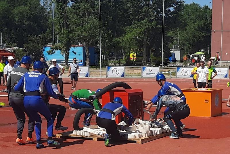 На соревнованиях по пожарно-спасательному спорту тамбовская команда МЧС заняла шестое место