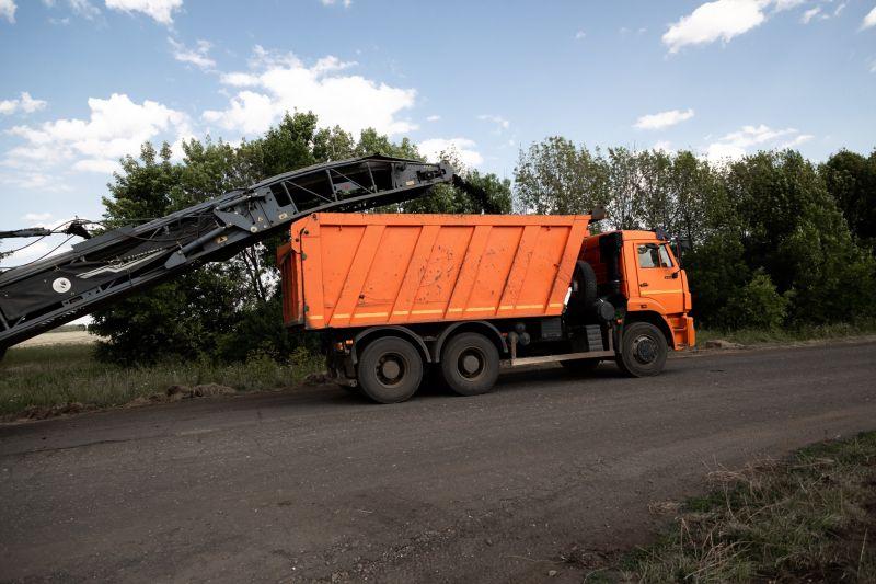 Под Тамбовом начался ремонт дороги между сёлами Сурава и Лысые горы