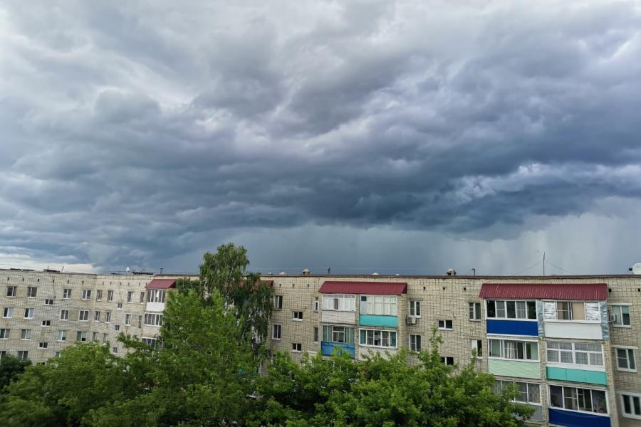 Предстоящей ночью в Тамбовской области ожидаются грозы и ливни