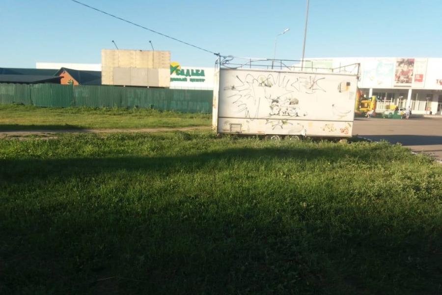 Тамбов продолжают освобождать от незаконных торговых объектов