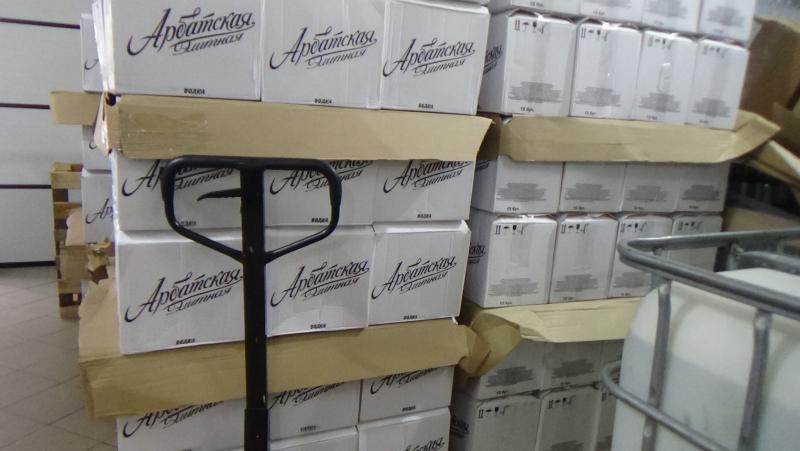 В Мичуринском районе прикрыли цех по розливу палёного алкоголя