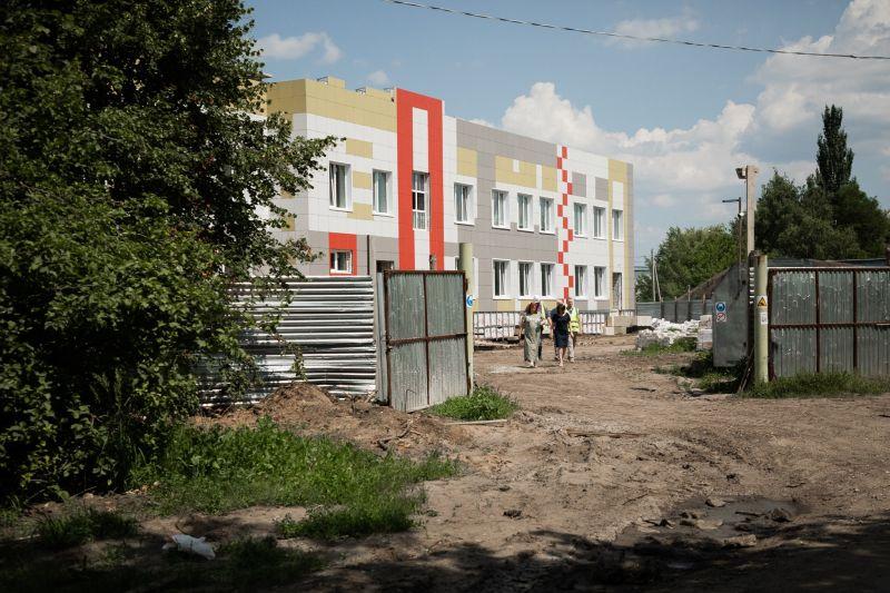"""В посёлке Строитель продолжают возводить новый корпус детского сада """"Непоседы"""""""