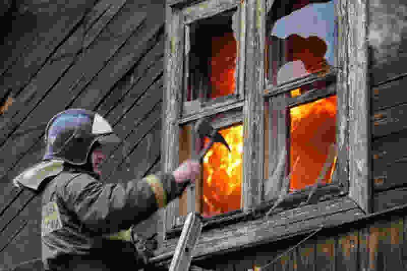 В Рассказове мужчина сгорел в собственном доме из-за непотушенной сигареты