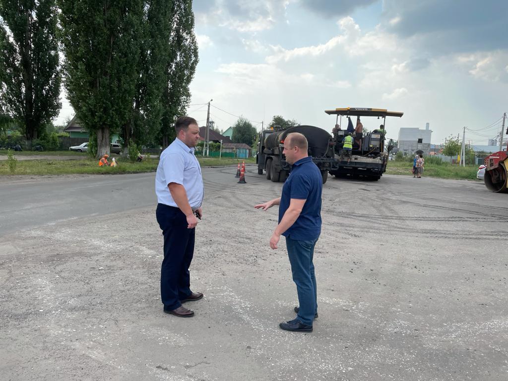 В Рассказовском районе продолжается ремонт дорог
