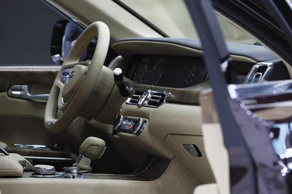 В России могут пересмотреть налог на дорогие автомобили
