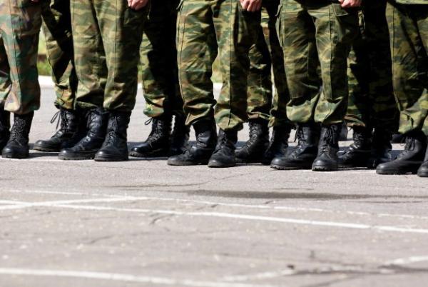 В российской армии началась ревакцинация от COVID-19