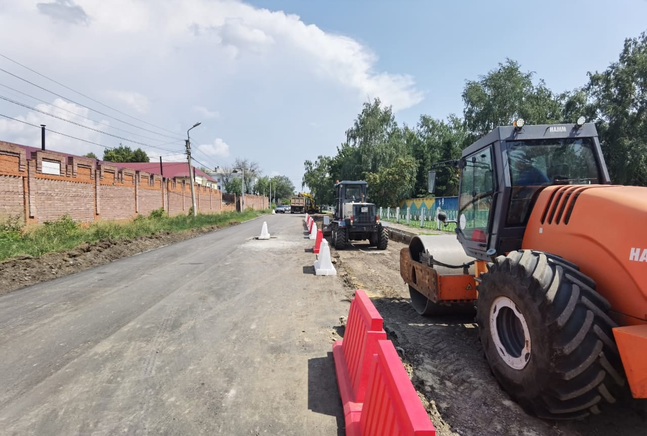 В Тамбове на Пирогова приступили к обустройству парковки