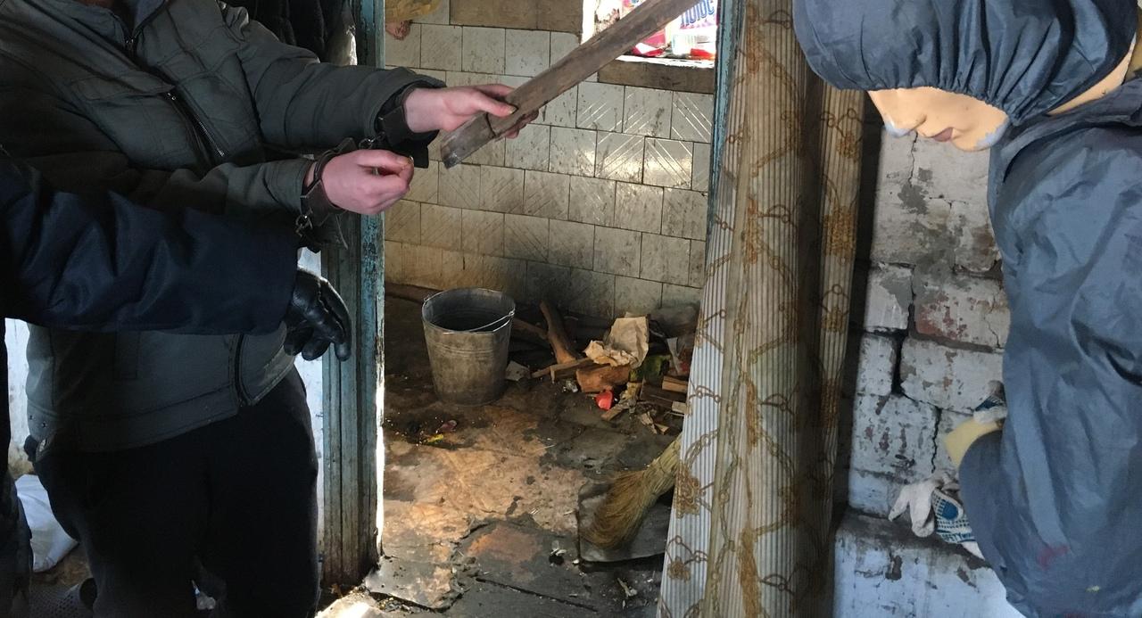 В Тамбовской области 23-летняя девушка обвиняется в убийстве родной матери