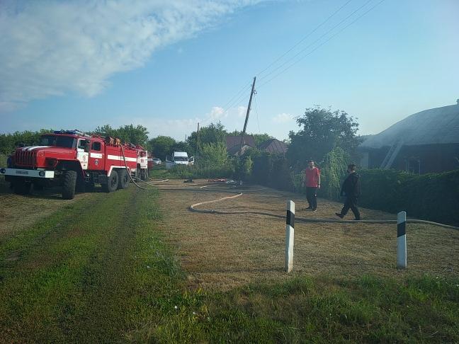 В Тамбовской области при пожаре погибли женщина и два маленьких ребенка