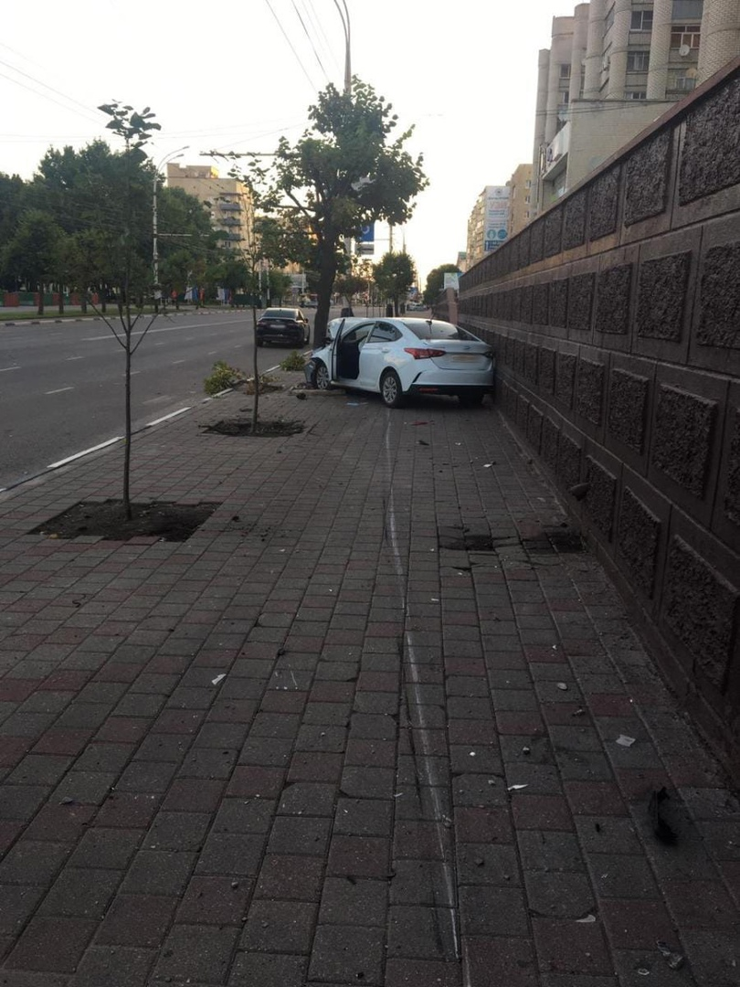 В центре Тамбова произошла авария с участием иномарки