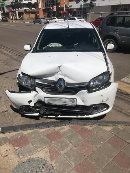 В центре Тамбова в ДТП пострадал подросток