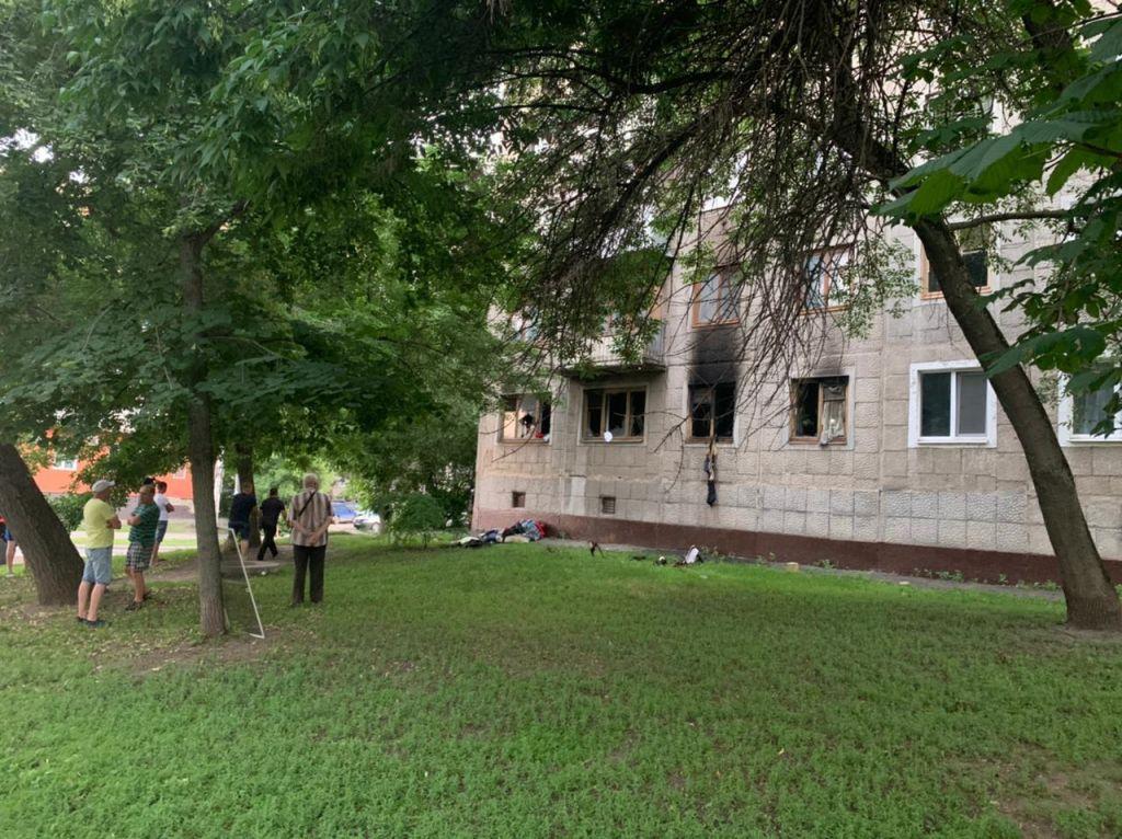В загоревшейся квартире в центре Тамбова погибли два человека