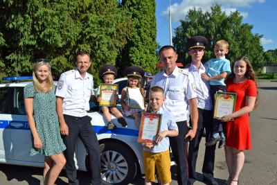 Выбраны победители конкурса рисунков к 85-летию Госавтоинспекции