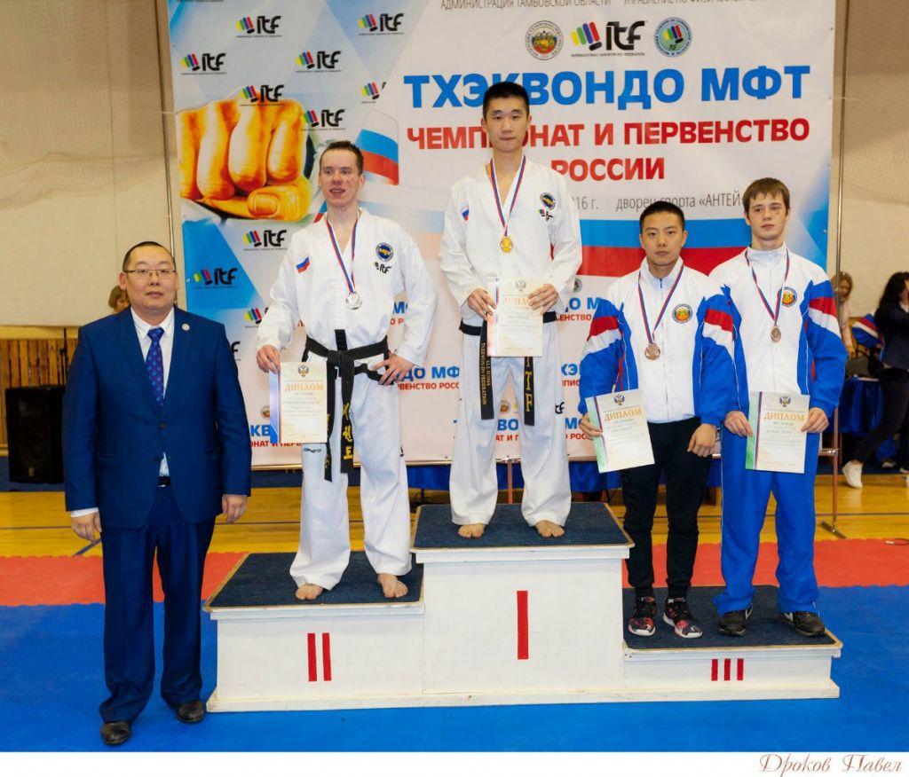 Заслуженного тамбовского тренера наградили премией имени Боброва
