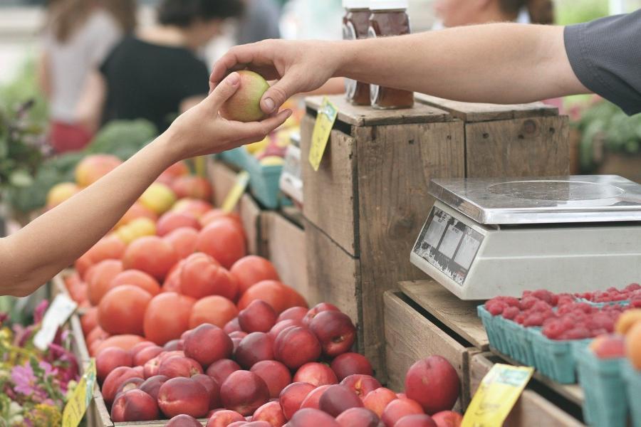 Жители Тамбова боятся попасть под колеса на рынке