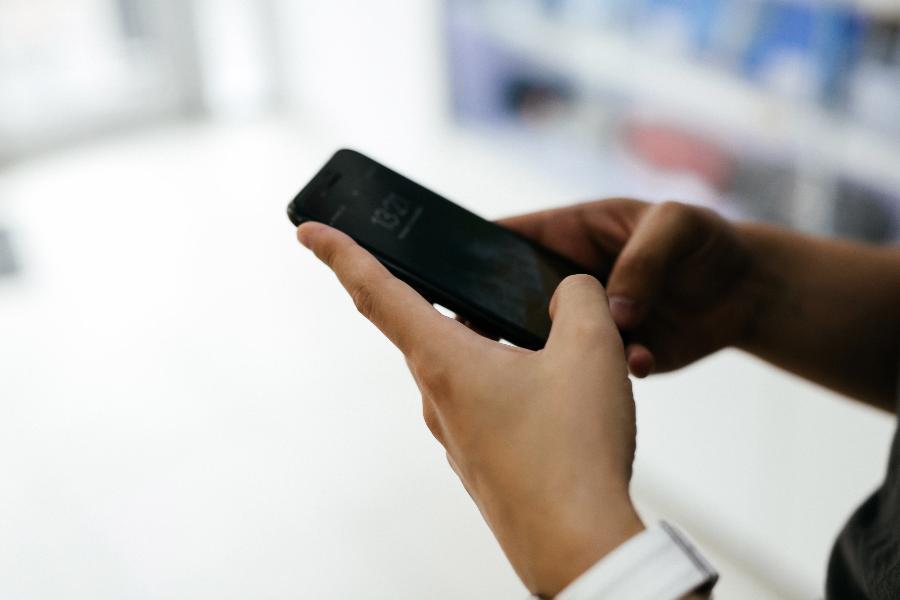 Жители Тамбова стали дольше разговаривать по телефону, чем до пандемии