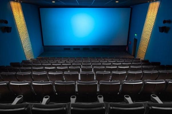 Для показа отечественных фильмов в два сельских дома культуры покупают кинооборудование