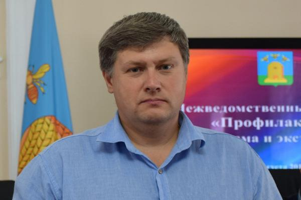 Евгений Выжимов: в сентябре впервые за парты сядут около 4000 детей