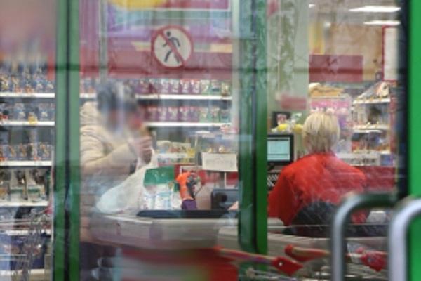Фальшивые пятитысячные изъяли из супермаркета и с автозаправки Тамбова