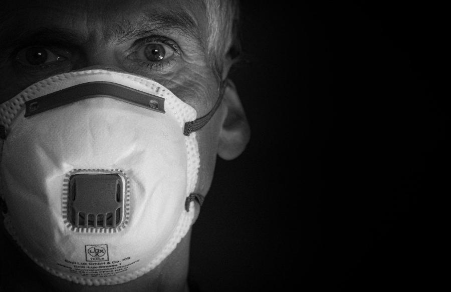 Глава минздрава РФ предупредил о высоком риске смерти для переболевших COVID-19