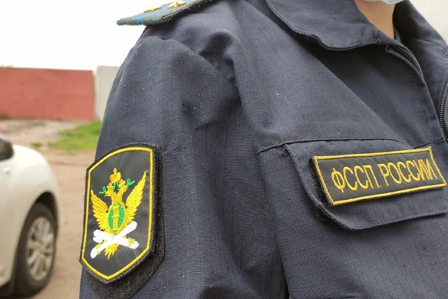 Из-за крупного долга по алиментам у тамбовчанина арестовали иномарку