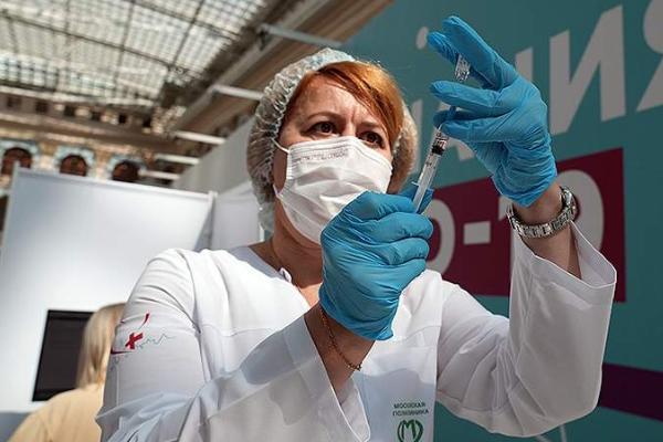 """На съезде """"Единой России"""" Путин отметил недопустимость принуждение к вакцинации от коронавируса"""