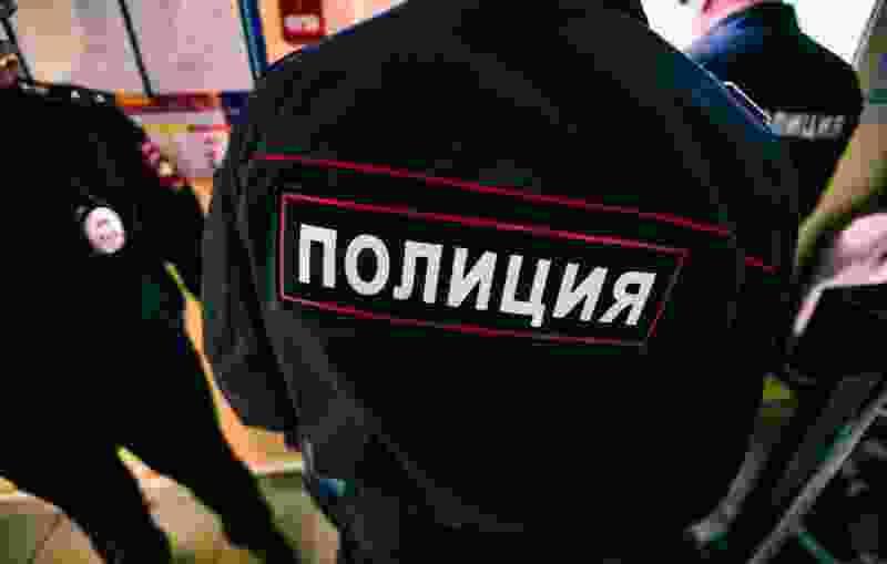 Полиция поймала тамбовчанина, незаконно расклеивавшего рекламу