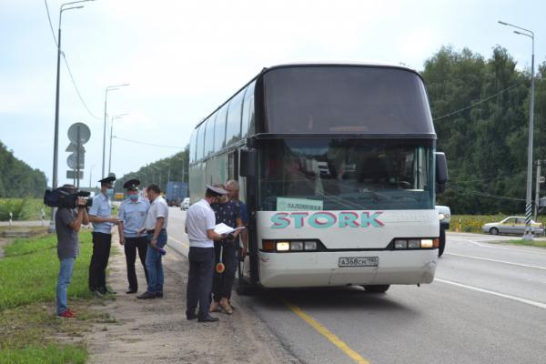 Тамбовские автоинспекторы провели сплошную проверку автобусов