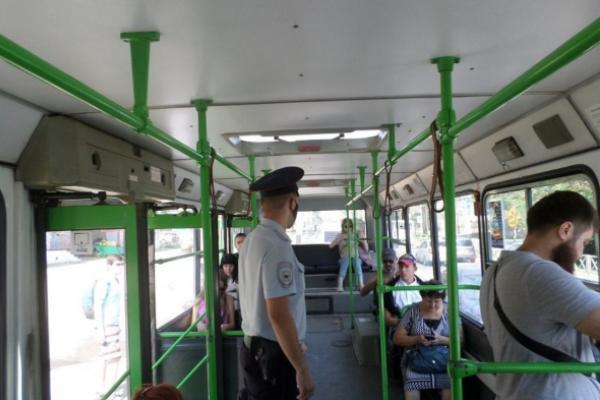 Тамбовские магазины и транспорт проверили на соблюдение антикоронавирусных мер