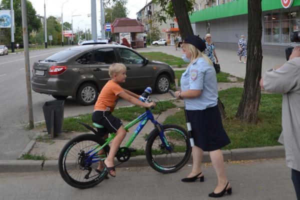 Тамбовские полицейские установили особое наблюдение за перекрестком у школы №24