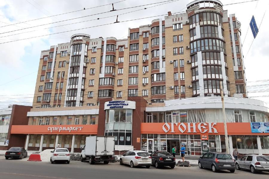 """Торговую сеть """"Огонёк"""" поглотила """"Пятерочка"""""""