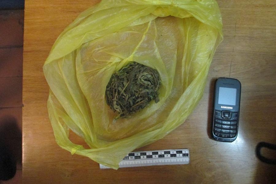 В Кирсанове транспортные полицейские задержали мужчину с марихуаной